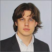 Виктор Неустроев